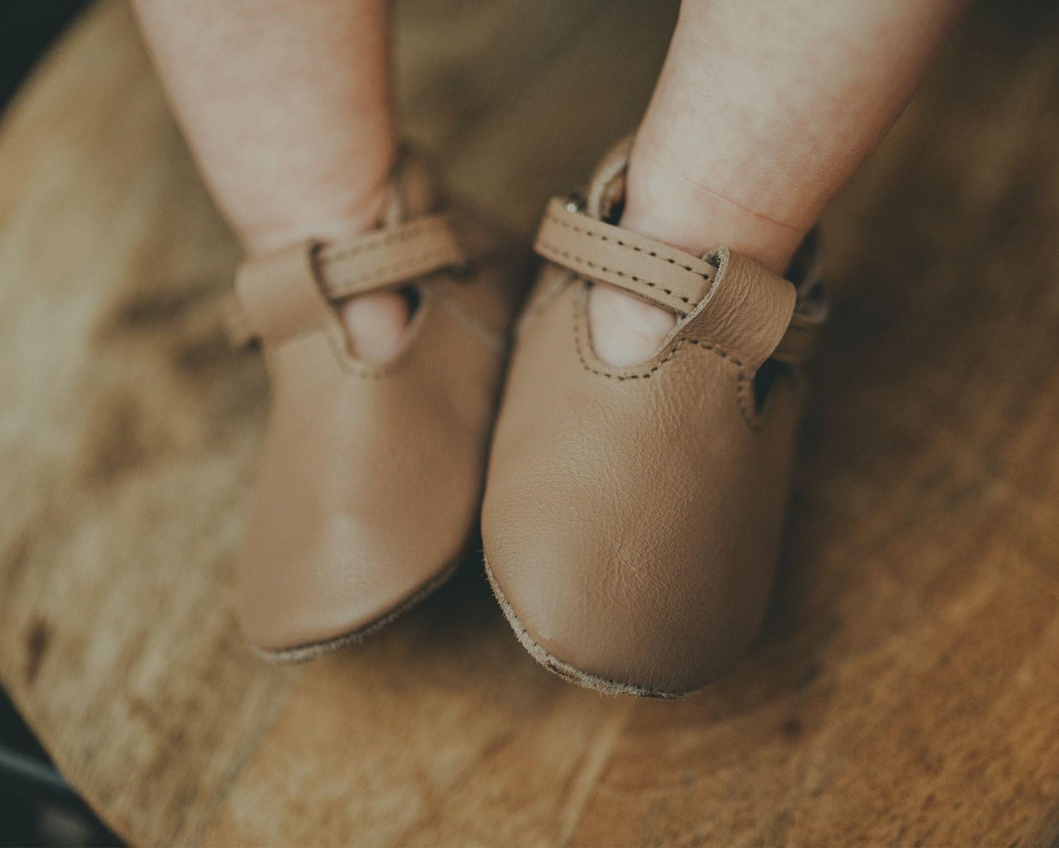 Elia | Praline Leather