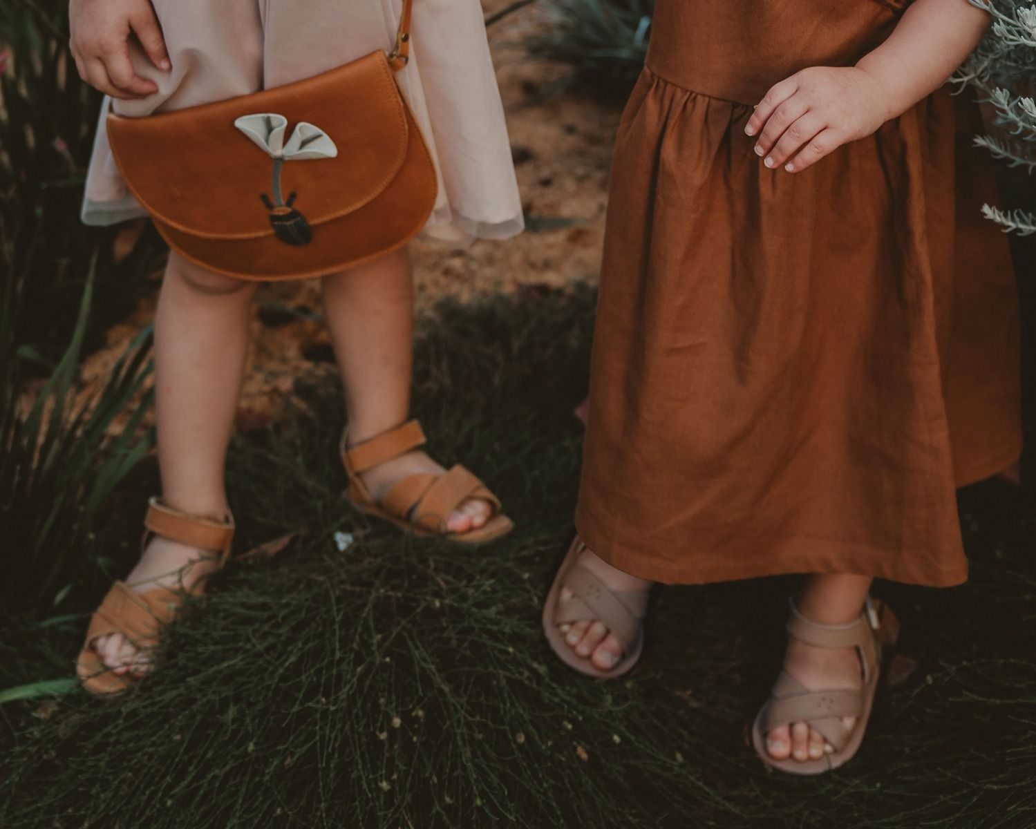 Giggles | Praline Leather