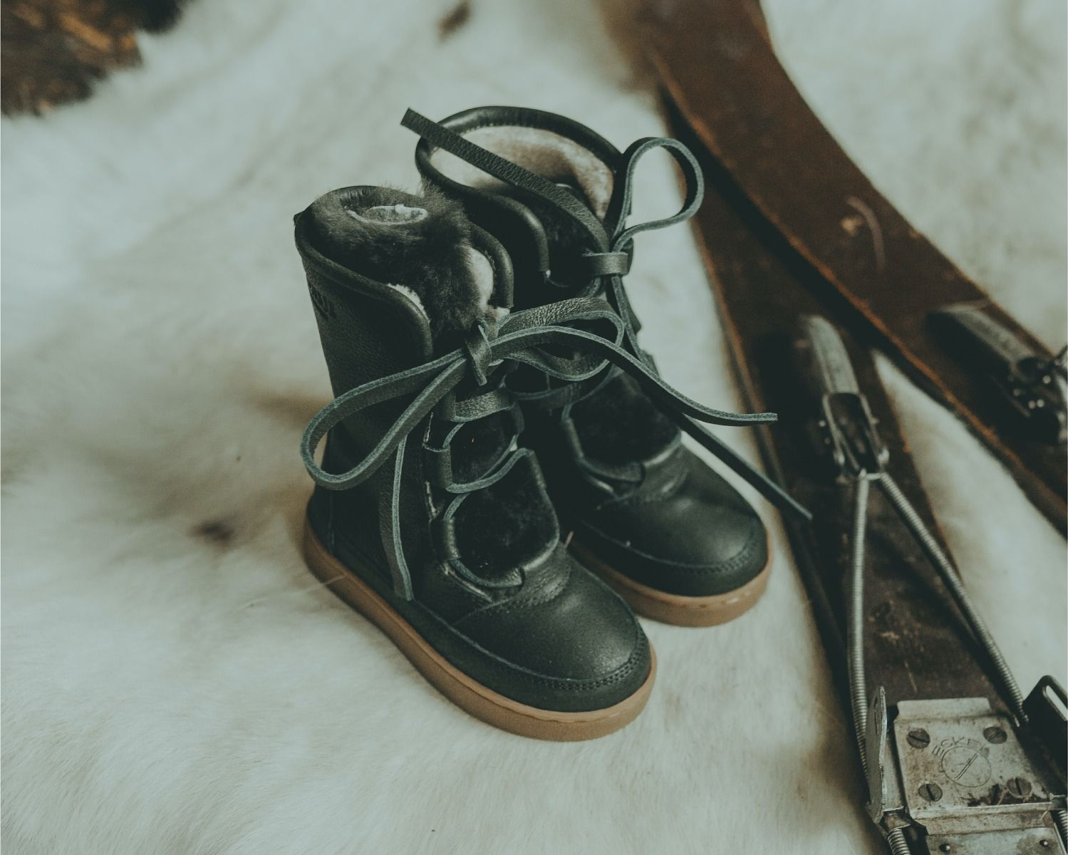 Sonny Lining | Deep Green Leather