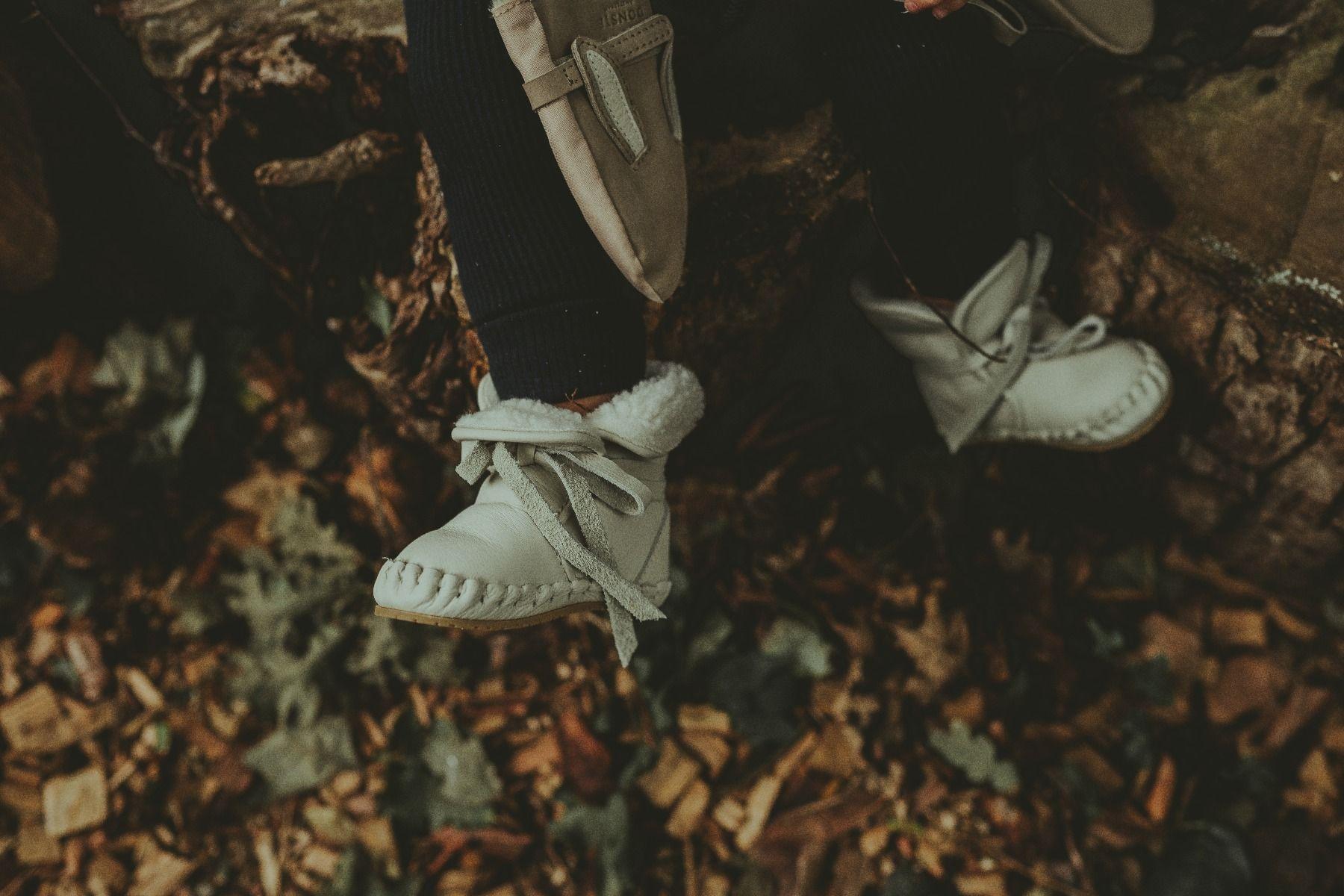 JAYA LINING | Off White Leather