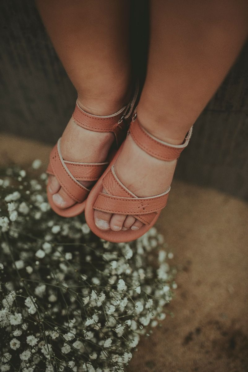 GIGGLES | Rose Dawn Leather