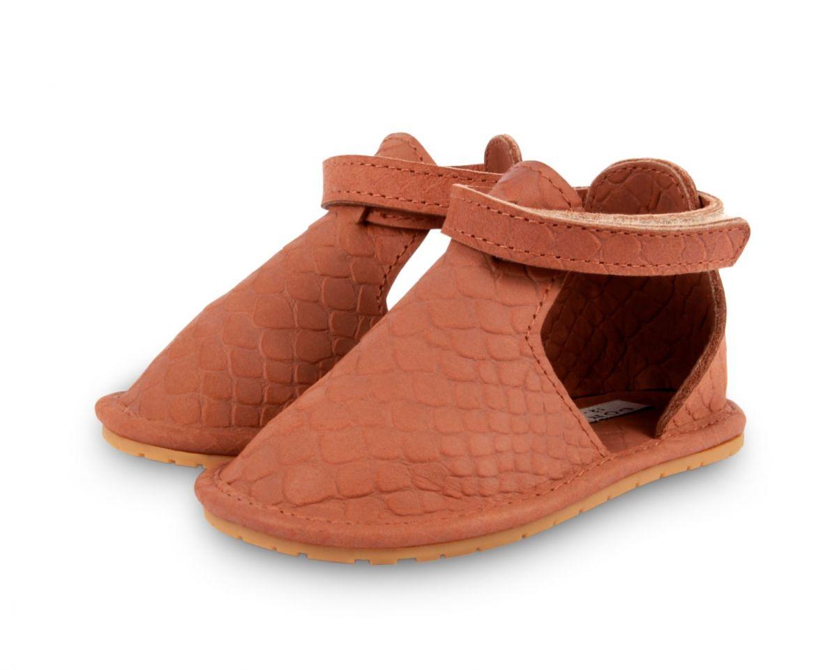 Kipu | Walnut Scale Leather